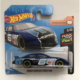 Hot Wheels 1:64 Dodge Charger Stock Car