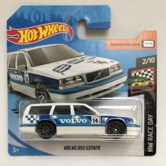 Hot Wheels 1:64 Volvo 850 Estate