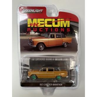 Greenlight 1:64 Mecum Auctions - 1972 Checker Marathon Green Machine