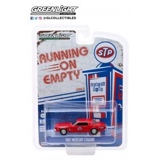 Greenlight 1:64 Running On Empty - 1967 Mercury Cougar