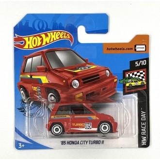 Hot Wheels 1:64 '85 Honda City Turbo II Red