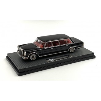 Triple9 1:64 Mercedes-Benz Pullman W100 Black