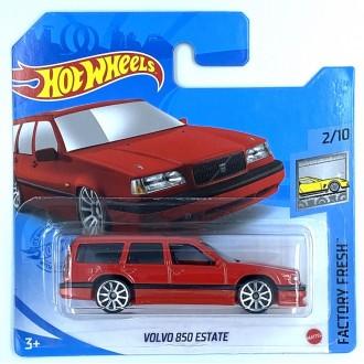Hot Wheels 1:64 Volvo 850 Estate Red