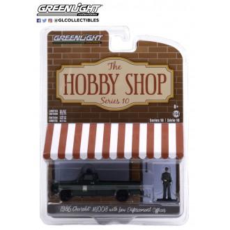 Greenlight 1:64 The Hobby Shop - 1986 Chevrolet M1008