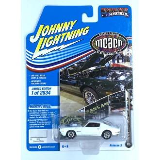 Johnny Lightning 1:64 Muscle Cars U.S.A. - 1973 Pontiac Trans Am Cameo White