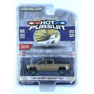 Greenlight 1:64 Hot Pursuit - 2017 Chevrolet Silverado 1500 Green Machine