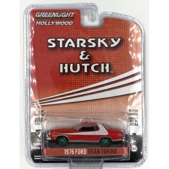 Greenlight 1:64 Hollywood - 1976 Ford Gran Torino Green Machine