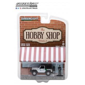 Greenlight 1:64 The Hobby Shop - 2016 Jeep Wrangler U.S. Customs